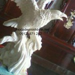 Mẫu đại bàng đá đẹp 001