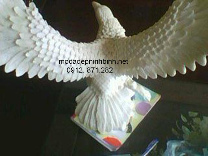 Mẫu đại bàng đá đẹp 004