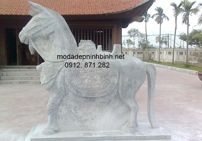 Mẫu ngựa đá đẹp 010