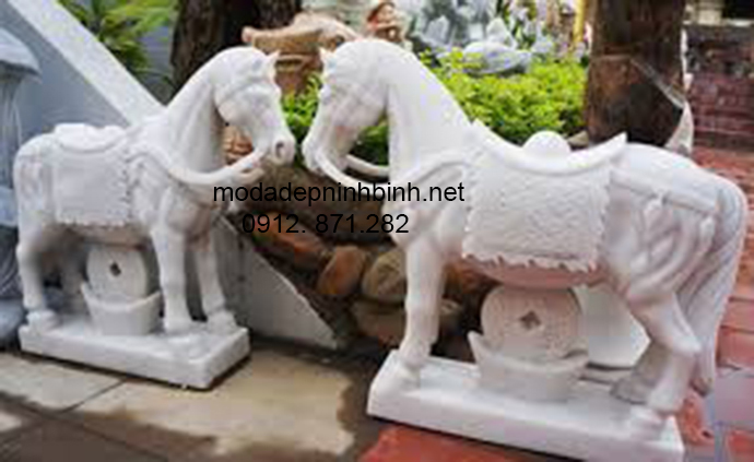 Mẫu ngựa đá đẹp 003