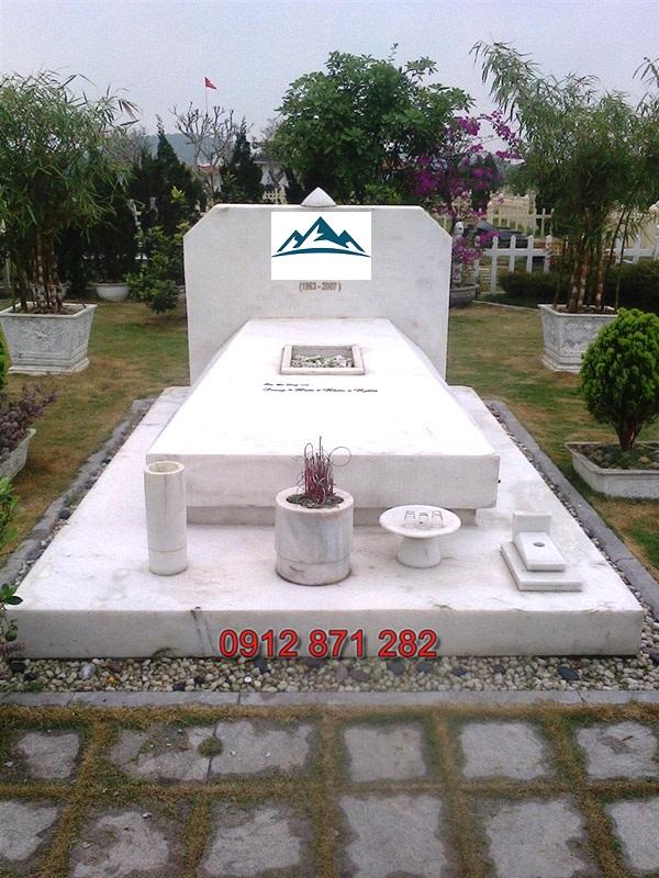 Mẫu mộ hiện đại 08