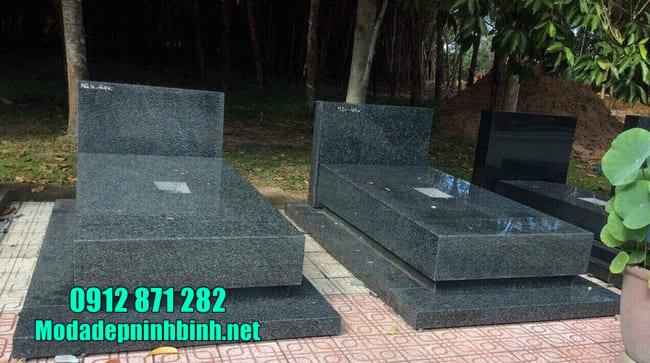 mẫu mộ bằng đá hoa cương nguyên khối