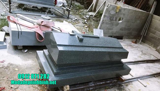 mẫu mộ đá granite nguyên khối đẹp