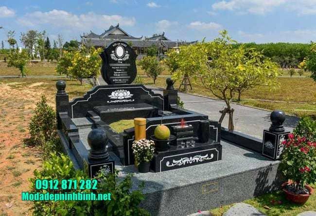 mộ đá granite nguyên khối đẹp nhất