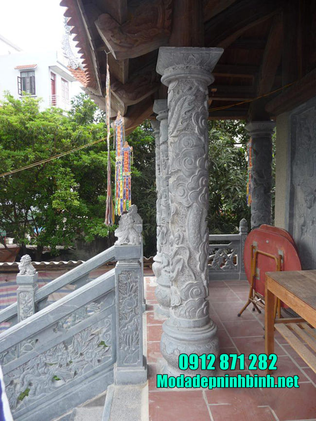 Cột bằng đá xanh
