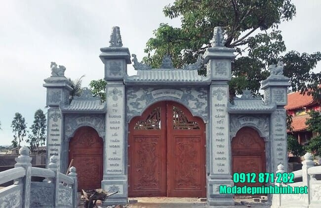 cổng chùa bằng đá tự nhiên