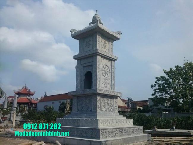 mộ tháp bằng đá tại Đồng Tháp