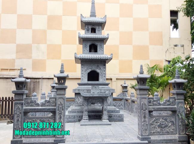 Mộ hình tháp phật giáo bằng đá tại Vĩnh Long