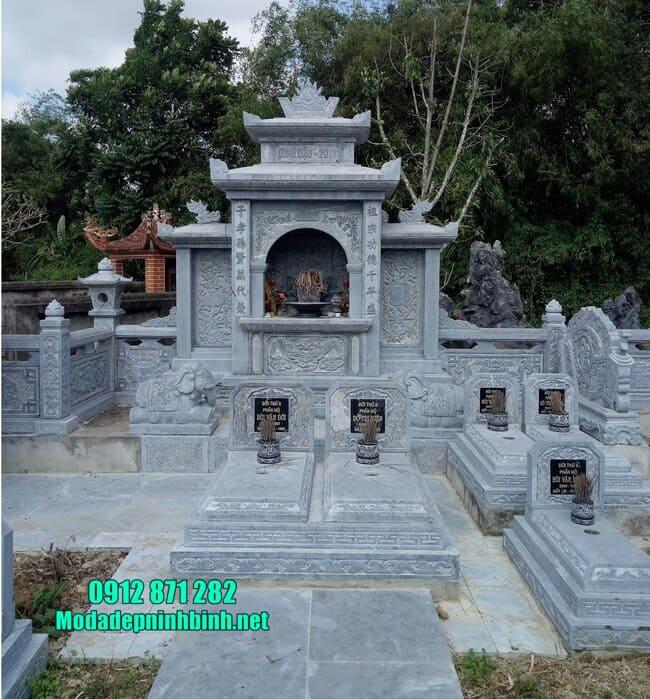 khu lăng mộ đá tại Bình Định