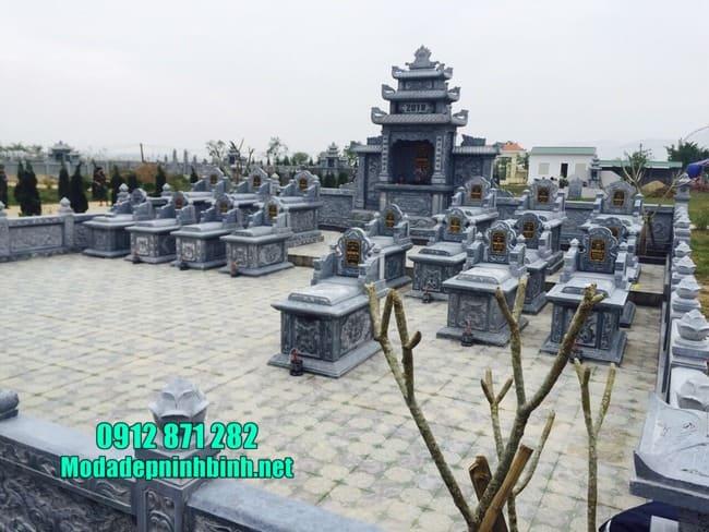 lăng mộ bằng đá tại Bình Phước