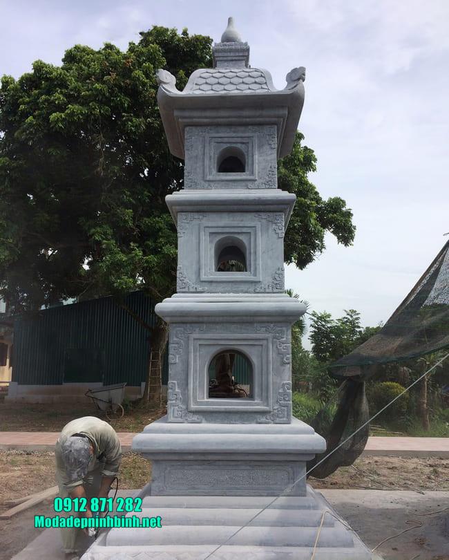 mẫu mộ tháp đá tại Vĩnh Long