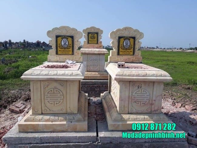 mộ đôi bằng đá vàng tại Ninh Thuận đẹp nhất