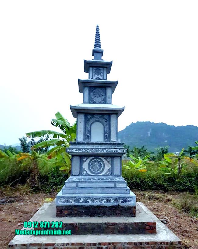 mộ tháp bằng đá tại Vĩnh Long