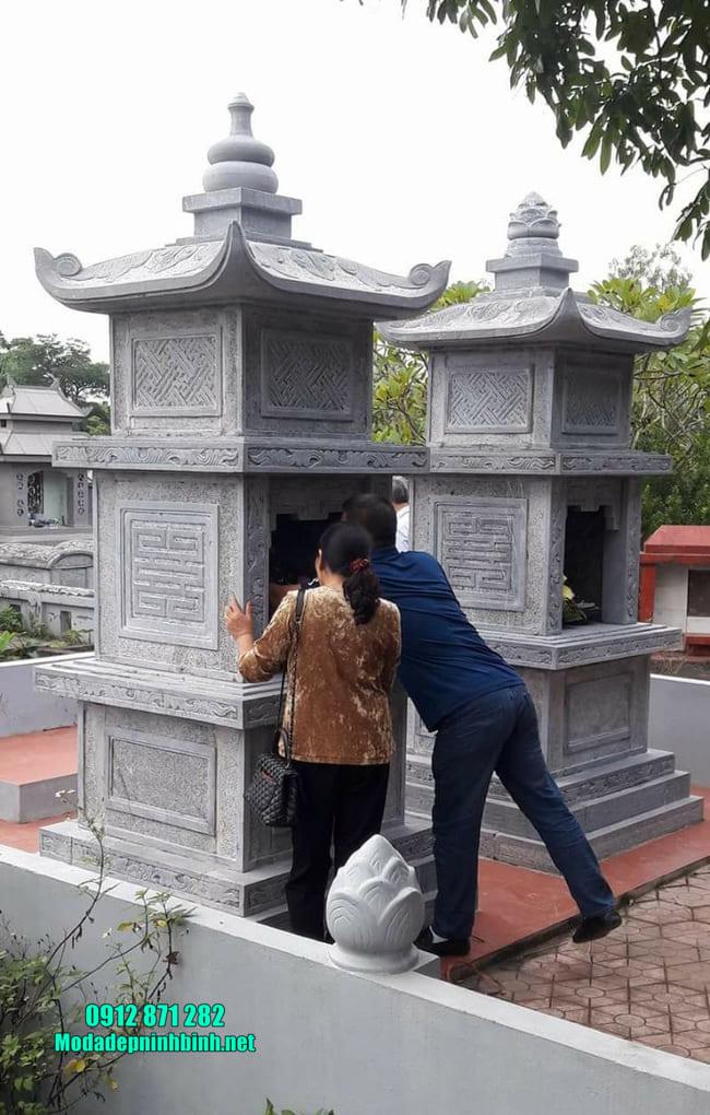 Xây tháp mộ đá tại Bình Phước